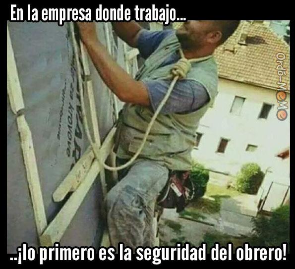 Meme horca seguridad del obrero
