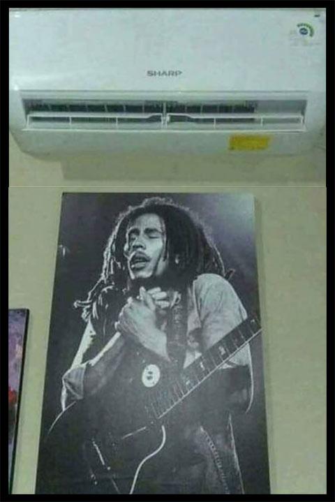 Meme afiche de Bob Marley